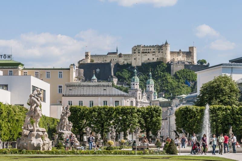 Jardín de Mirabell (Mirabellgarten) en Salzburg, Austria fotos de archivo