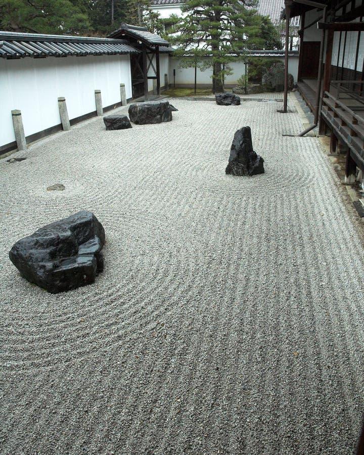 Jardín de roca en Kyoto, Japón fotografía de archivo