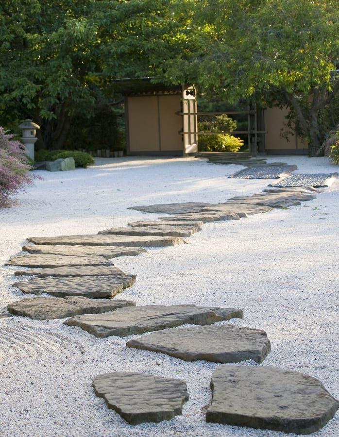 Jardín de roca japonés fotos de archivo