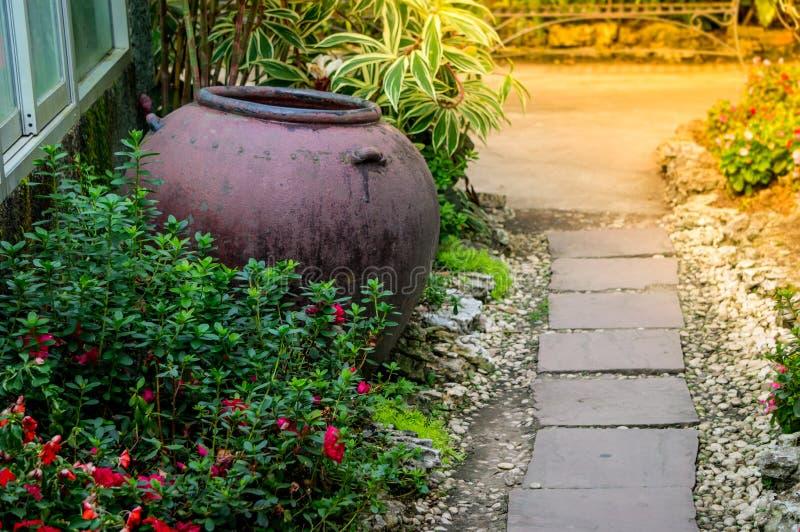 Jardín decorativo foto de archivo libre de regalías