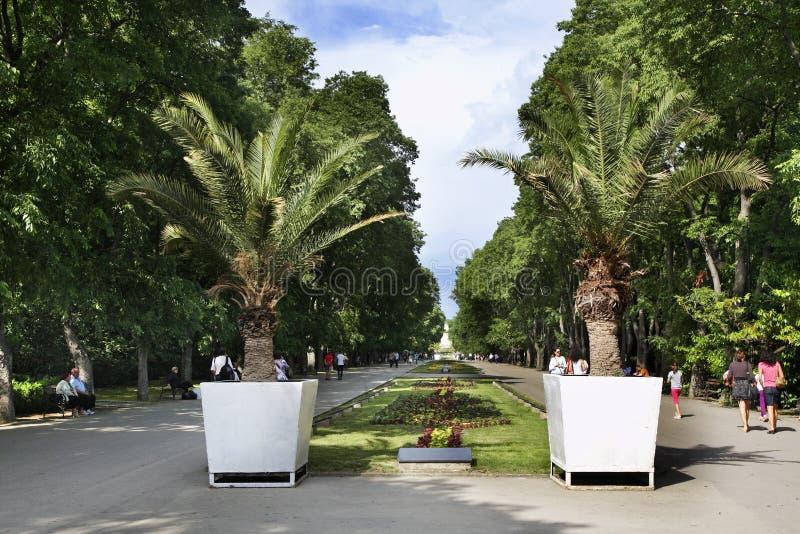 Jardín del mar en Varna bulgaria imagen de archivo