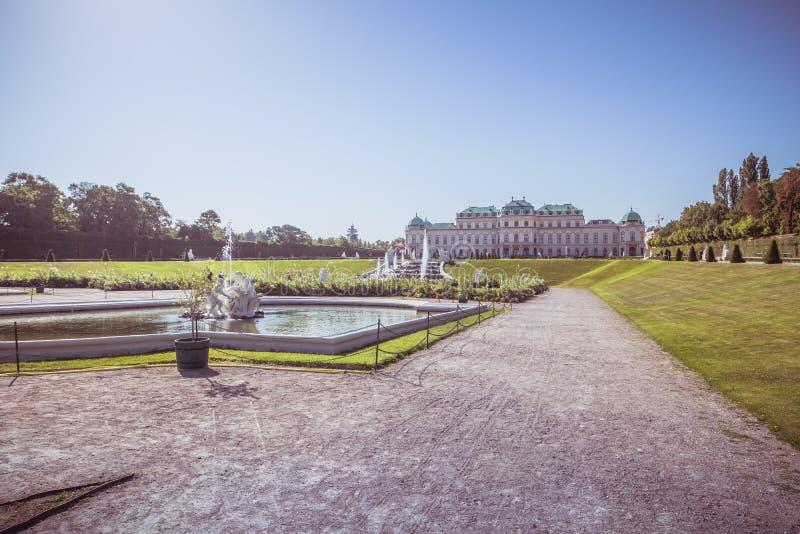 Jardín del palacio del belvedere en Viena, Austria fotografía de archivo libre de regalías