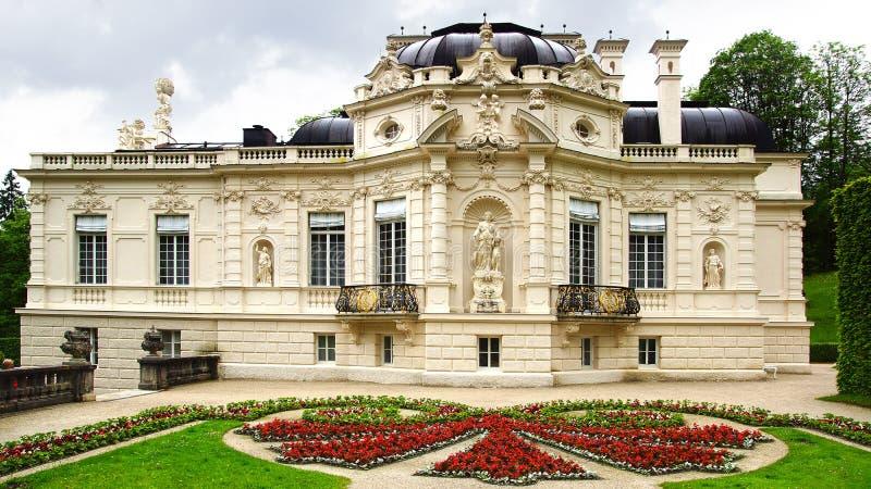 Jardín del palacio de Linderhof. fotografía de archivo