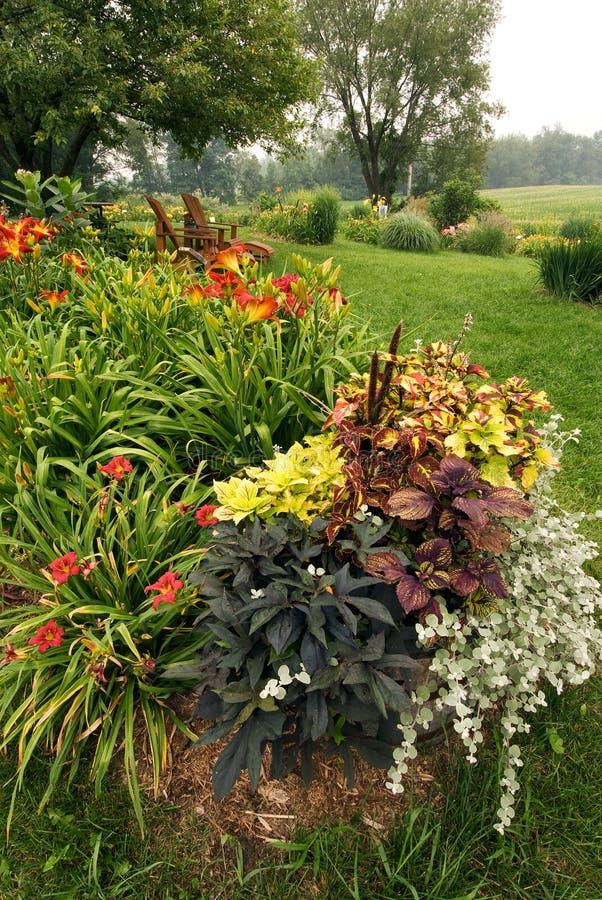 Jardín del verano foto de archivo