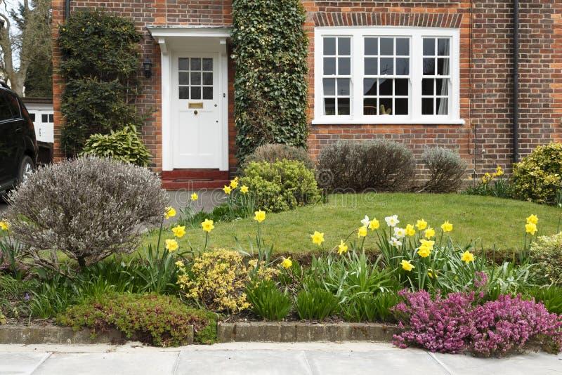 Jardín delantero en Londres imagen de archivo