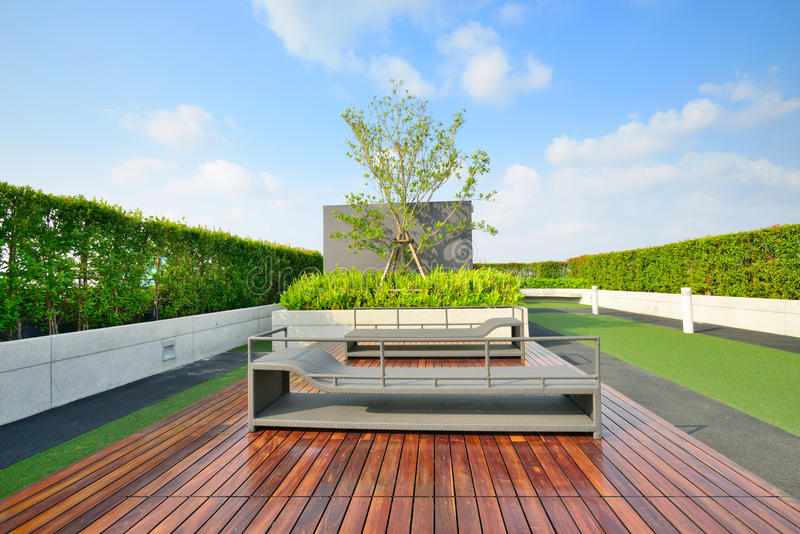 Jardín en tejado imagen de archivo libre de regalías
