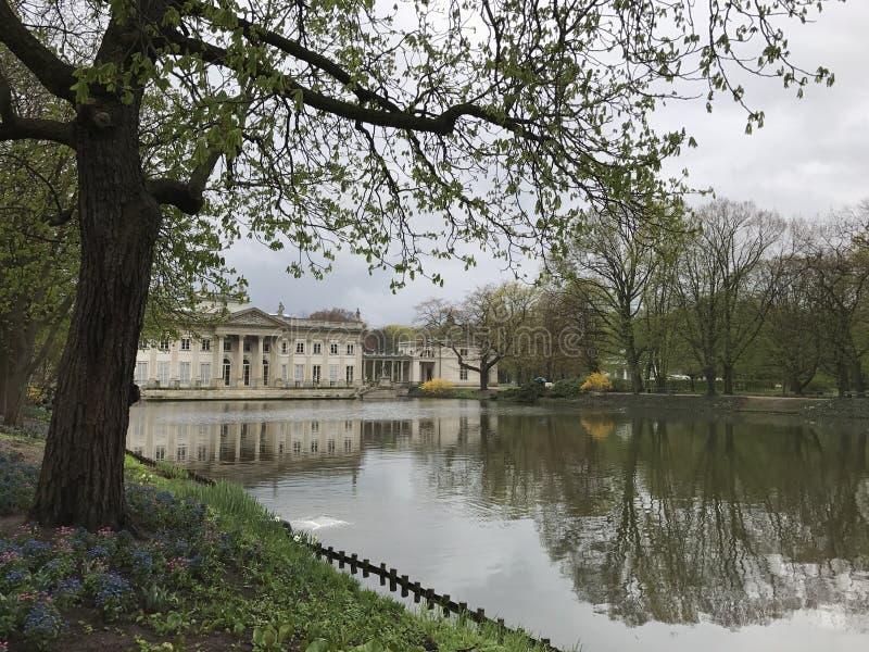 Jardín en Varsovia imagen de archivo