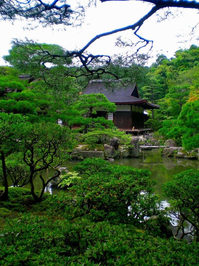 Jardín japonés del zen imagen de archivo