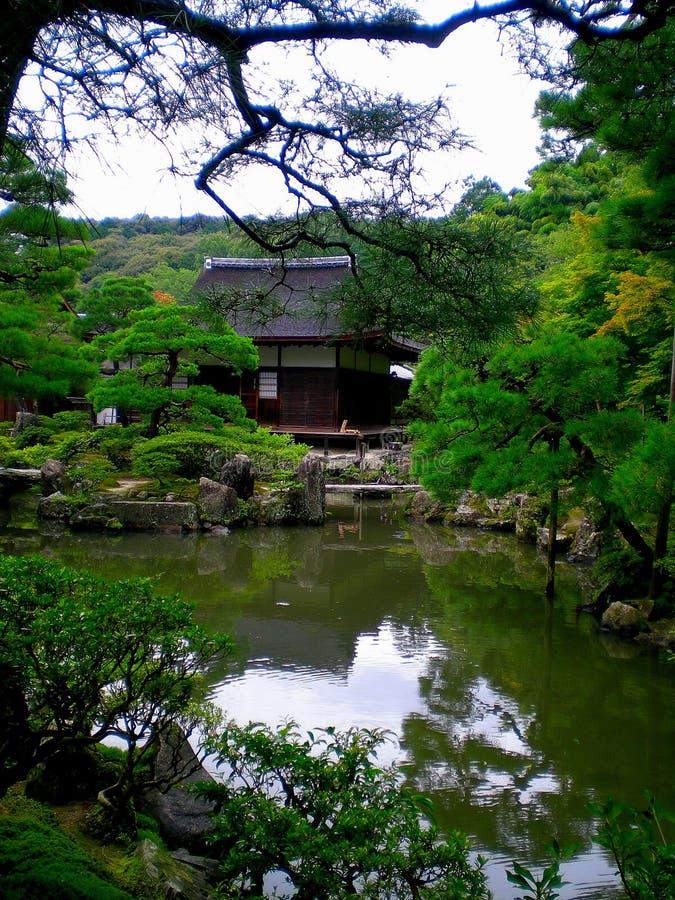 Jardín japonés del zen fotografía de archivo libre de regalías