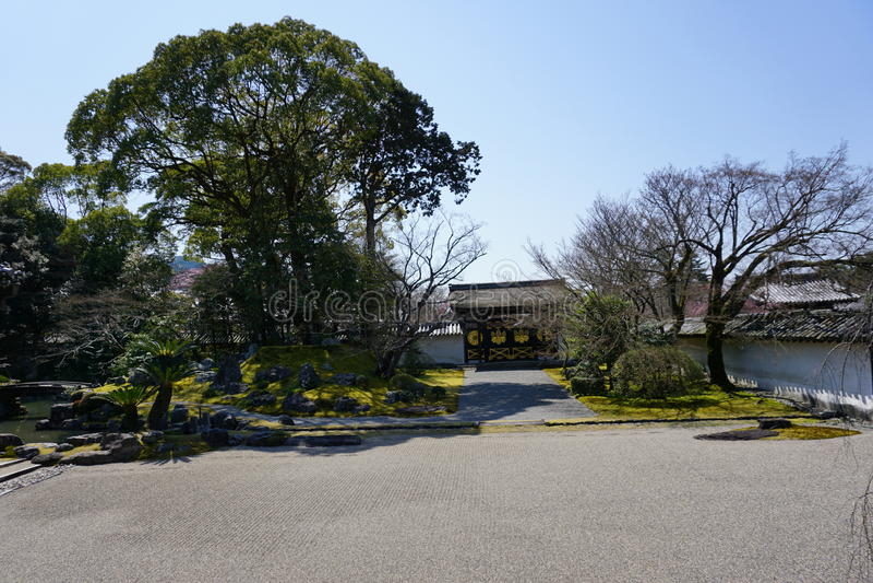 Jardín japonés en el templo de Daigoji, Kyoto imagen de archivo libre de regalías