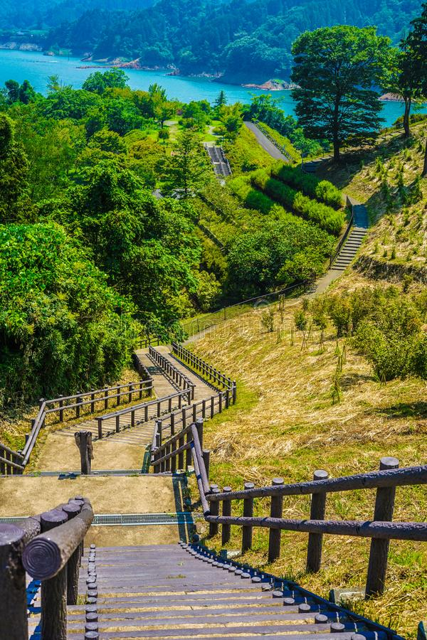 Jardín Kanagawa de la orilla del lago de la presa y de Gen Torii de Miyagase fotografía de archivo libre de regalías