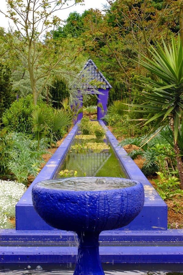 Download Jardín marroquí. imagen de archivo. Imagen de azul, agua - 178215