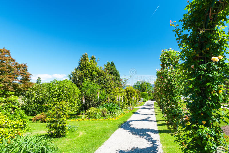 Jardín público del chalet Taranto en Italia foto de archivo libre de regalías