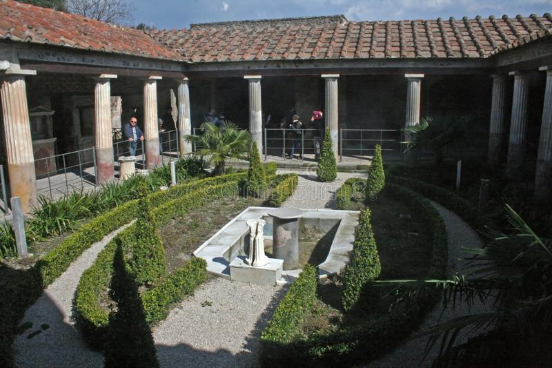 Jardín Pompeya imagen de archivo libre de regalías