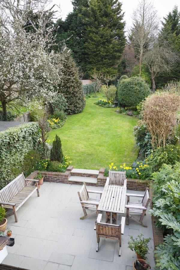 Jardín suburbano Londres fotografía de archivo