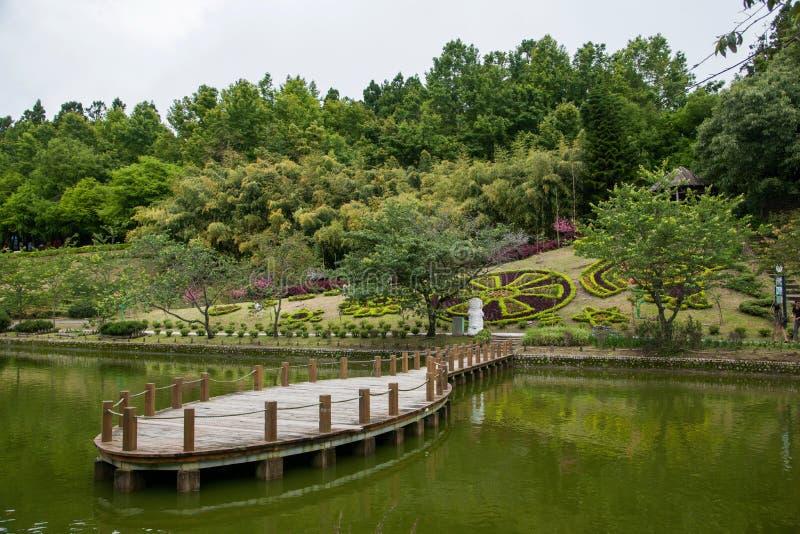 Download Jardín Suizo De La Granja Del Condado De Nantou, Taiwán Cingjing Pequeño Imagen de archivo - Imagen de montañas, ángulo: 41917155