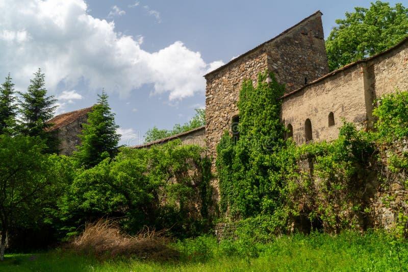 Jarda interna - igreja fortificada evangélica de Cristian, Brasov, Romênia imagens de stock royalty free