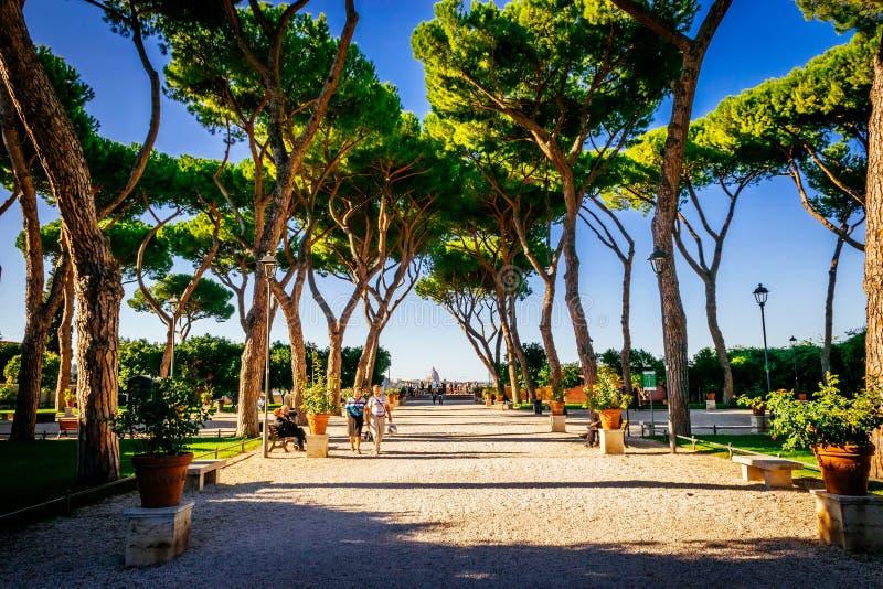 Jardim alaranjado, degli Aranci de Giardino, em Roma, Itália imagens de stock royalty free