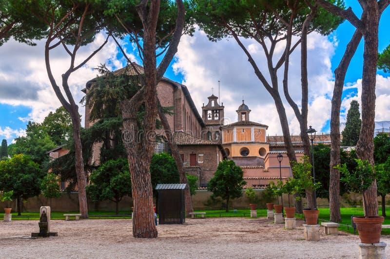 Jardim alaranjado no monte de Aventine em Roma fotos de stock
