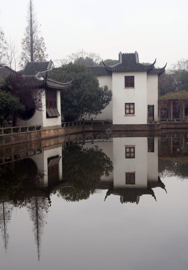 Jardim chinês em Shanghai foto de stock