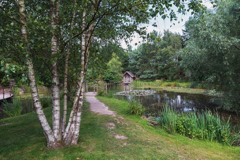 Jardim da paisagem do russo no parque fotografia de stock