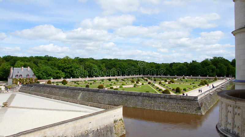 Jardim de Catherine de Medici no castelo Chenonceau imagens de stock royalty free