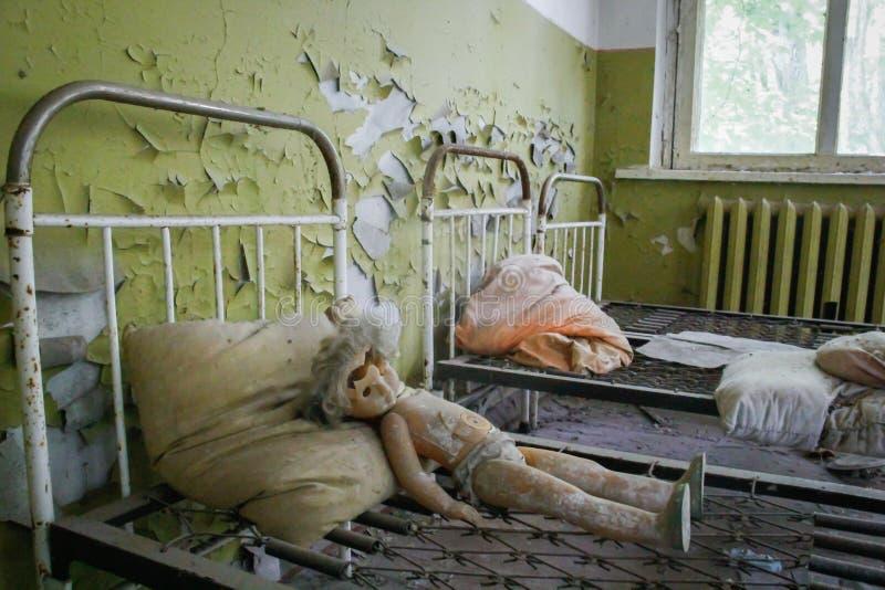 Jardim de inf?ncia abandonado na zona de exclus?o de Chernobyl imagem de stock royalty free