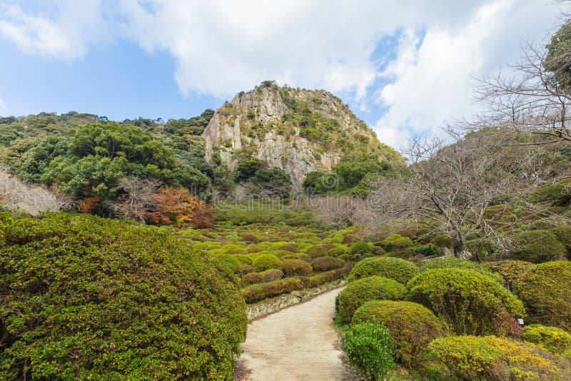 Jardim de Mifuneyama Rakuen na saga, Kyushu do norte, Japão foto de stock