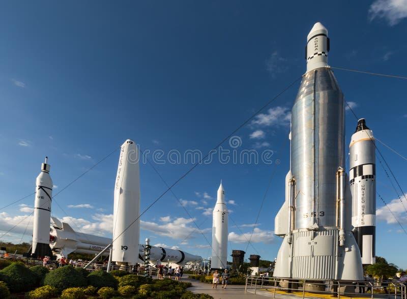Jardim de Rocket no Centro Espacial Kennedy fotos de stock royalty free