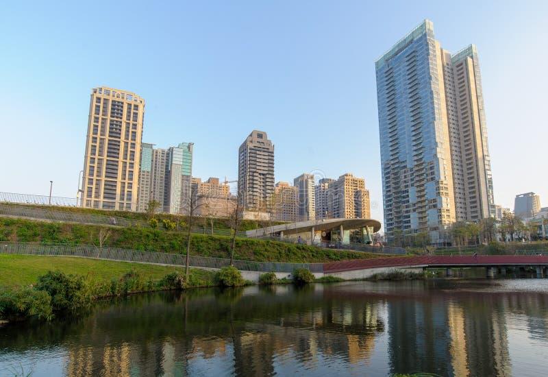 Jardim do bordo na cidade de taichung imagens de stock royalty free