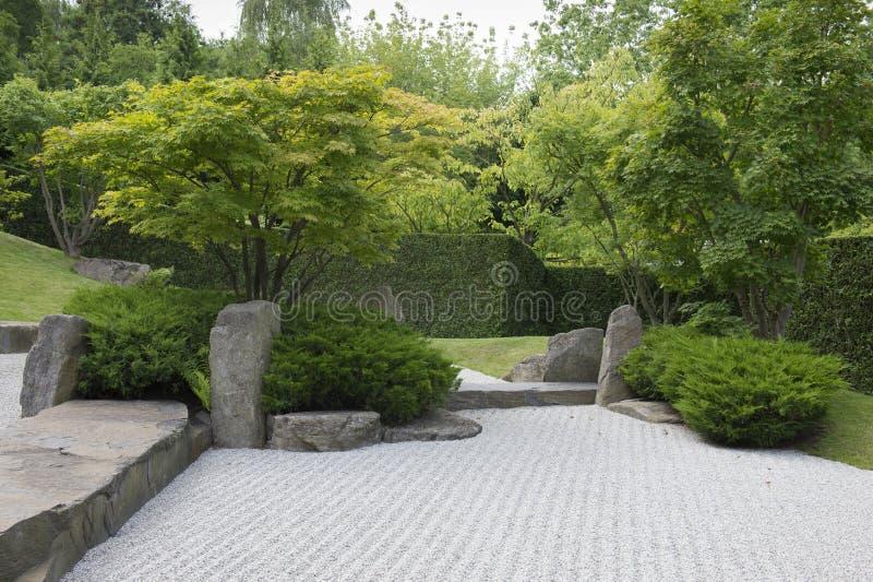 Jardim do japonês do cascalho fotos de stock