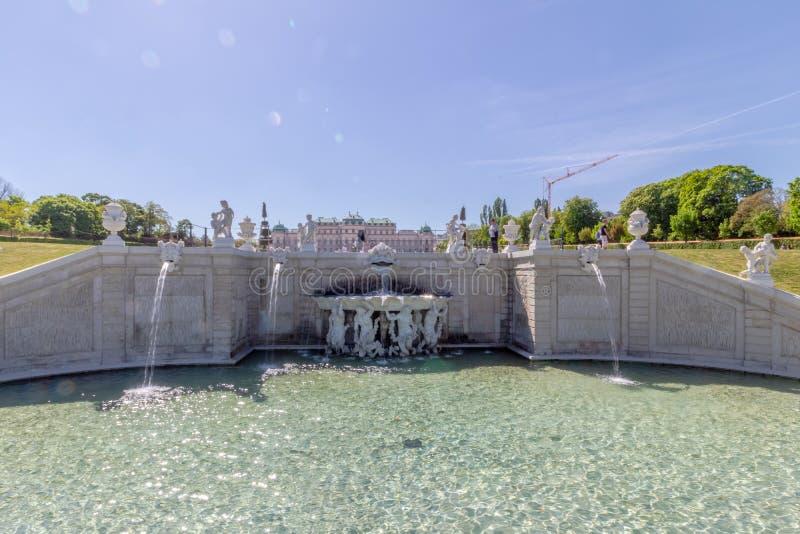 Jardim do Palácio de Belvedere, Viena, Áustria imagens de stock royalty free