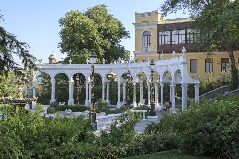 Jardim do regulador s em Baku imagem de stock royalty free