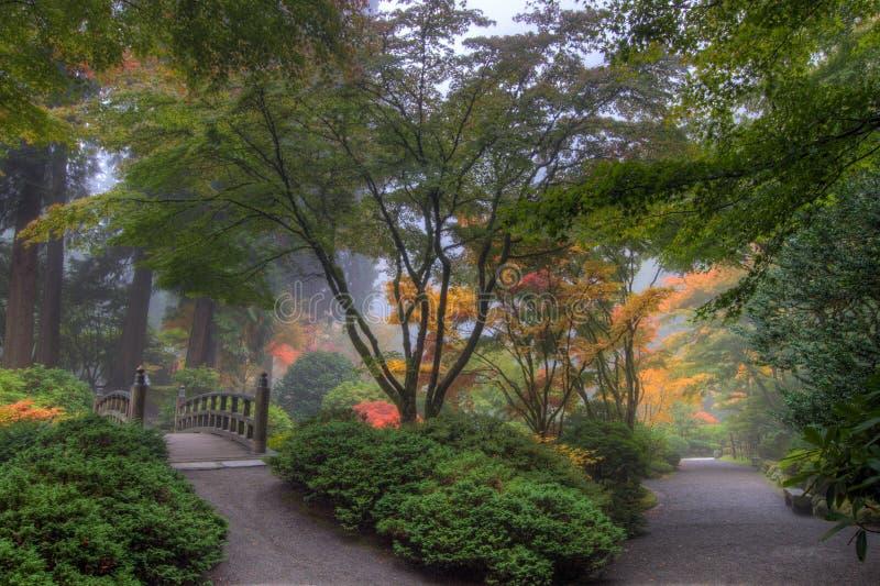 Jardim japonês de Portland na queda imagens de stock