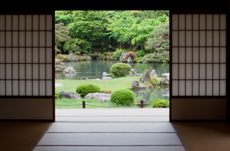 Jardim japonês em Kyoto, Japão foto de stock royalty free