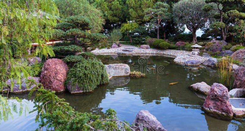 Jardim japonês em Monte - Carlo, fotos de stock royalty free