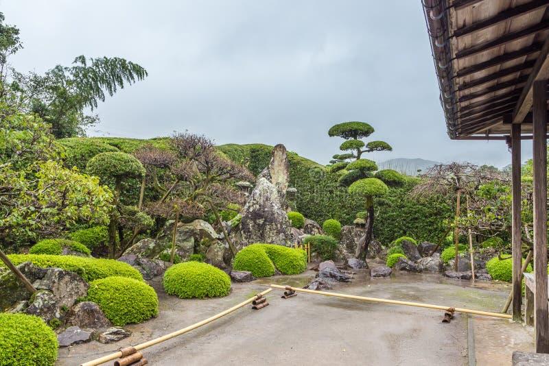 Jardim japonês no distrito do samurai de Chiran em Kagoshima, Japão foto de stock
