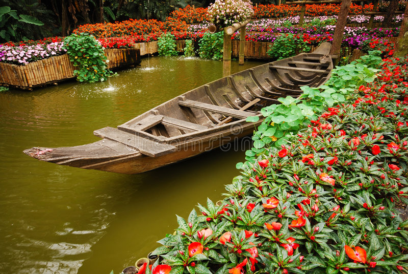 Jardim real de Doi tung fotos de stock royalty free