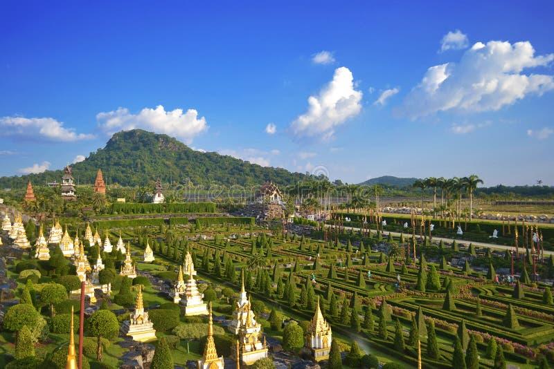 Jardim tropical de Nong Nooch fotos de stock royalty free