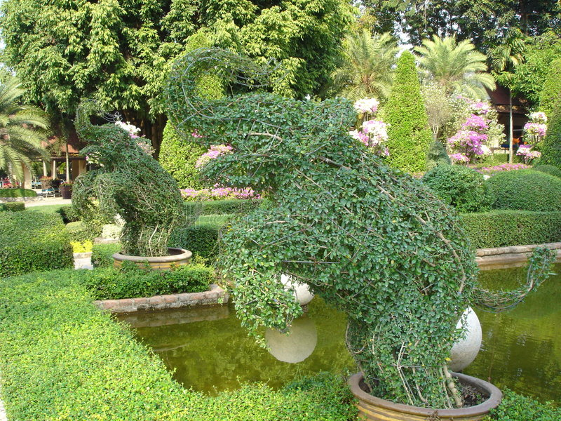Jardim tropical de Nong Nooch imagem de stock royalty free