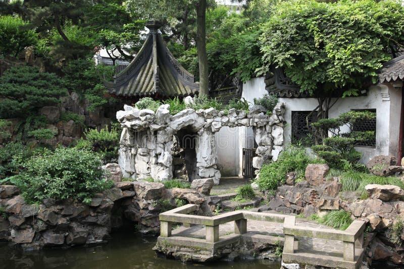 Jardim verde chinês clássico, Sul da China fotos de stock royalty free