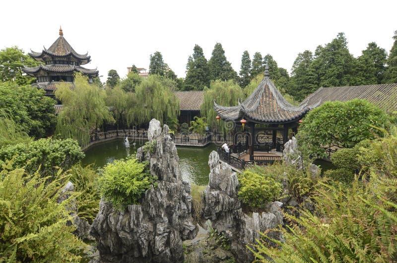 Jardim verde chinês clássico, Sul da China imagem de stock royalty free