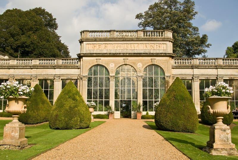 Jardin anglais de pays images stock