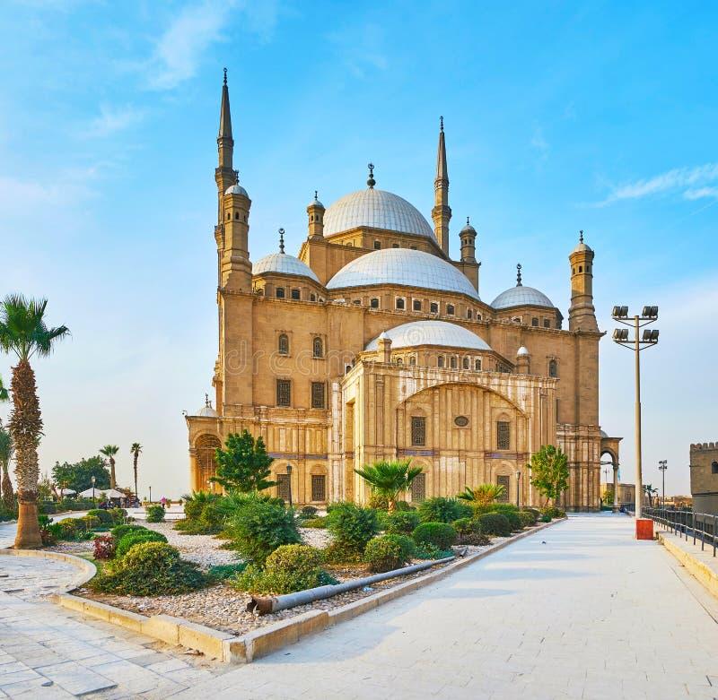 Jardin d'agrément à la mosquée d'albâtre, le Caire, Egypte image stock