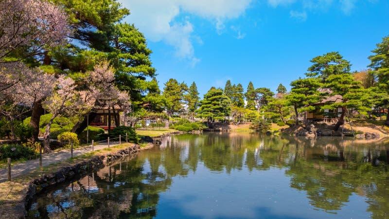 Jardin d'herbes aromatiques médicinal d'Oyakuen dans la ville d'Aizuwakamatsu, Fukushima, Japon photos stock
