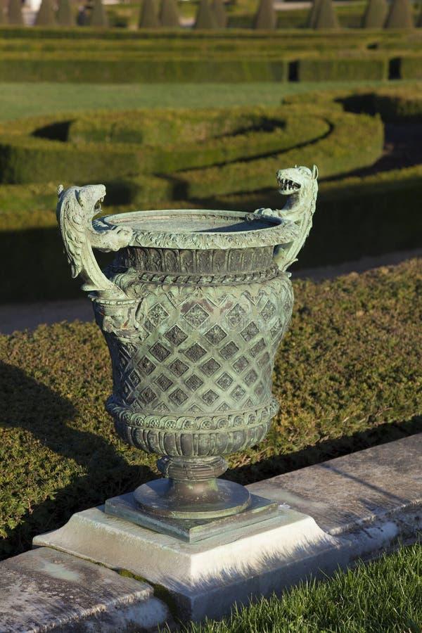 Jardin dans le château de Versailles image stock