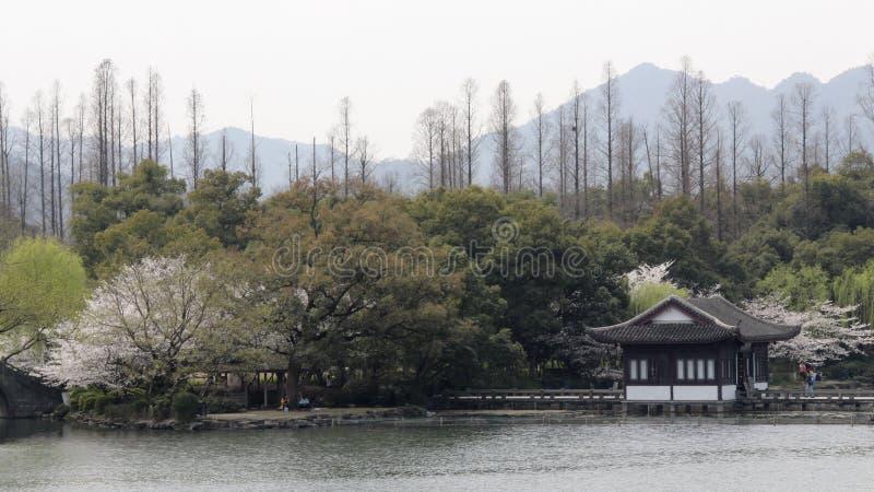 Jardin dans le lac occidental de Hangzhou, Chine photographie stock libre de droits