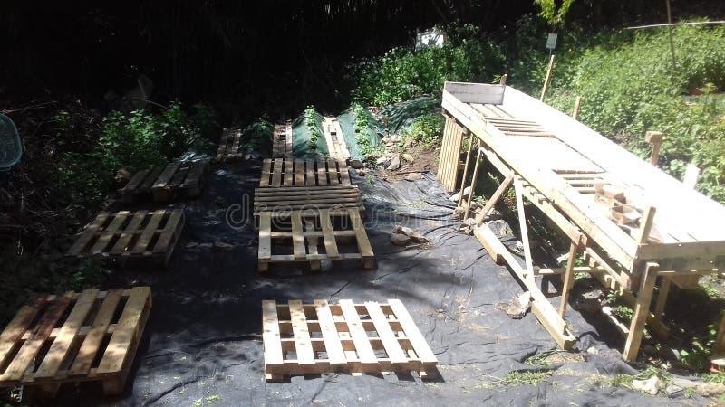 Jardin de construction image stock