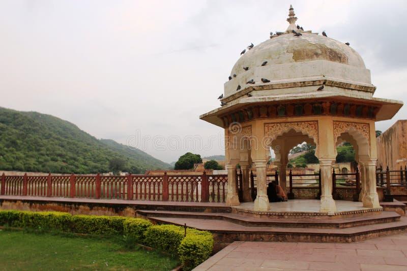 Jardin de Dalaram vers le bas du fort ambre photos stock