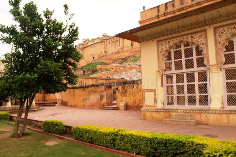 Jardin de Dalaram vers le bas du fort ambre photo stock